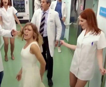 Basta de sexualizar y denigrar a las enfermeras
