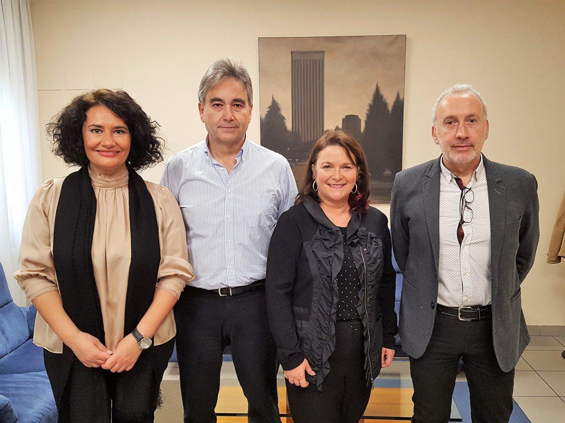 El presidente de SATSE, Manuel Cascos, se reúne con Linda Silas, presidenta de la Federación de Sindicatos de Enfermeras de Canadá (CFNU)