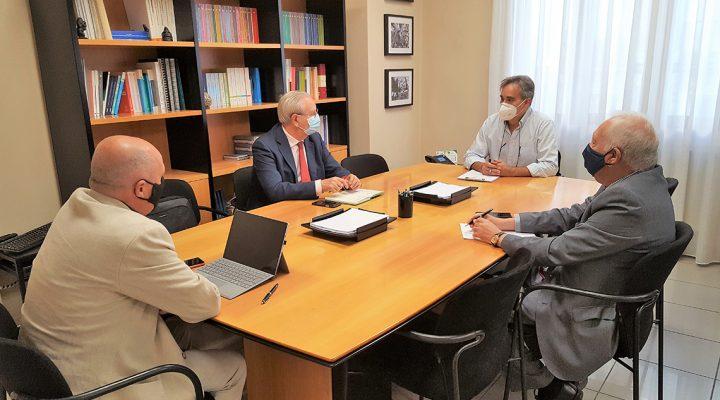 Reunión del presidente de SATSE y los presidentes del resto de organizaciones del Foro Profesional