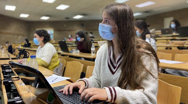 SATSE reclama un incremento de 5.000 plazas universitarias de Enfermería